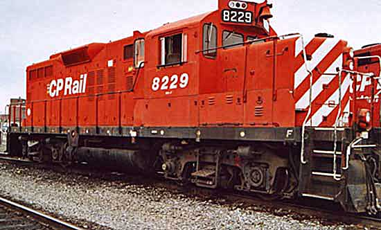 CP RAIL GP-9 waiting